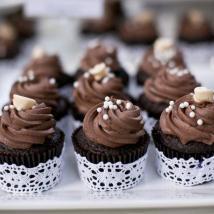 wedding cupcakes chocolate